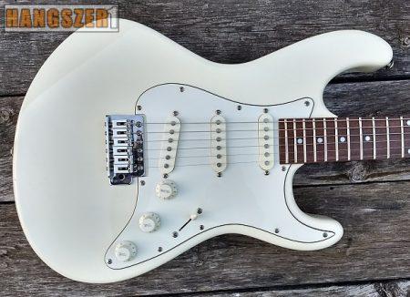 DEAN AVZS AWH STRATO elektromos gitár