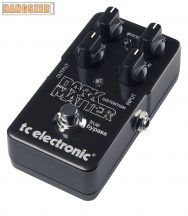 TC Electronic Dark Matter Distortion effekt pedál